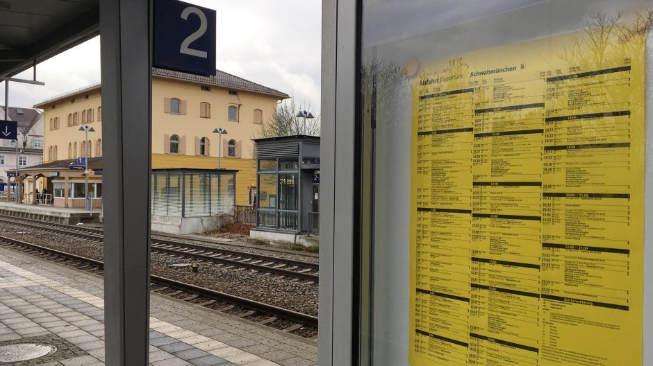 Landkreis Augsburg Neue Zeiten Für Bus Und Bahn