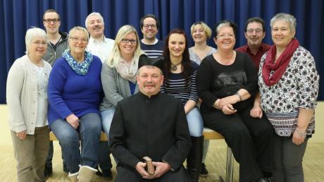 Theatergruppe_des_Musikvereins_Graben__2018.jpg
