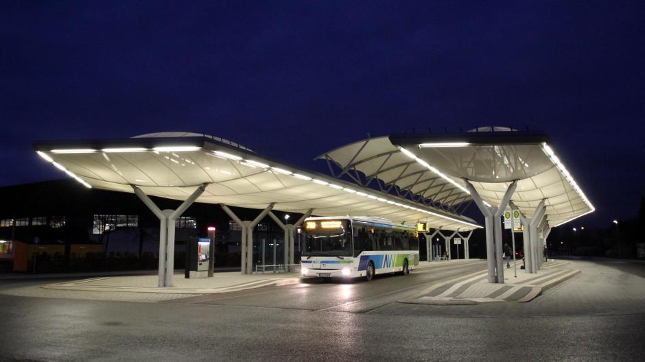 Königsbrunn Ein Bus Zum Krankenhaus Ein Zug Nach Mering