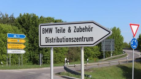 In Kleinaitingen gibt es nahe der B17 zwei große Gewerbeansiedlungen. Mit der geplanten Änderung des Flächennutzungsplans wird es vorerst nichts.