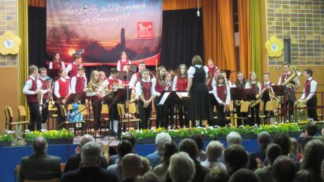 Die Jugendkapelle Gennach-Lamerdingen erhielt beim Konzert in der Langerringer Schulturnhalle viel Applaus.