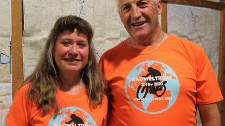 Martin Rid und Karin Löhr präsentierten in Obermeitingen die Erlebnisse ihrer Radtour von Nowosibirsk nach Chongqing.