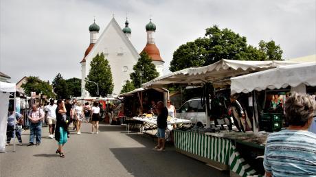 Das Markttreiben lockte tausende Besucher nach Klosterlechfeld.