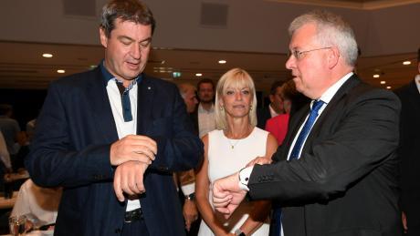 Eröffneten den CSU-Bezirksparteitag in Schwabmünchen:Ministerpräsident Markus Söder, Kreisvorsitzende Carolina Trautner und BezirksvorsitzenderMarkus Ferber.