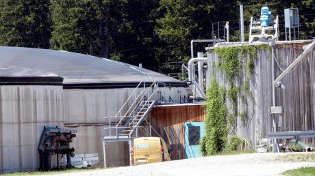 Die Heizung für den neuen Kindergarten steht bereits in Form einer Biogasanlage, an deren Fernwärmenetz der Kindergarten angeschlossen werden soll.