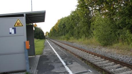 So sieht der Bahnsteig heute aus. Die Bahn hat den barrierefreien Ausbau bis 2023 zugesagt.
