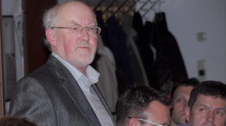 Siegfried Miethig, wie ihn viele kannten: hier bei einer Jahreshauptversammlung des SSV Bobingen.