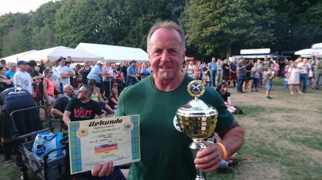Wolfgang Hiller aus Klosterlechfeld erreichte bei der Deutschen Meisterschaft der Highland Games in Wuppertal den dritten Platz.