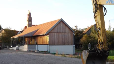 Derzeit werden die Bauarbeiten für die Außenanlagen am Lagerhaus in Walkertshofen ausgeführt. Wie hoch die Kosten hierfür sind, war Thema bei der Bürgerversammlung.