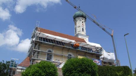 Weil die Sanierung der Langenneufnacher Kirche teurer wird als geplant, gewährt die Gemeinde nun einen höheren Zuschuss.
