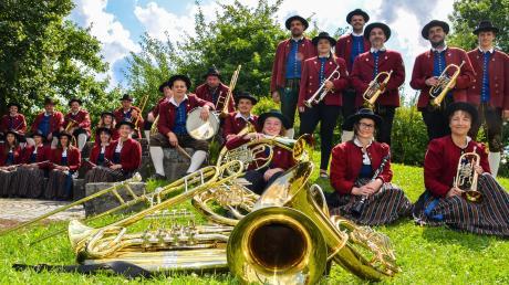 Einen Bayerischen Abend veranstalten die Musiker des Musikvereins Langenneufnach am 9. November in der Schulturnhalle.