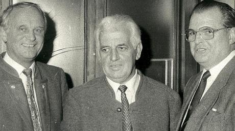 Schon einige SPD-Generationen prägten die Bobinger Stadtgeschichte. Hier das Dreigestirn von 1989: (von links) Hartmut Gärtner, Max Wessinger und Harald Beutler.
