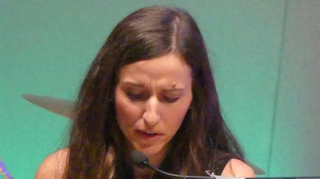 Vorleserin Anna Biedermann schlüpfte in die Rollen der Protagonisten und versetzte die Zuhörer ins Geschehen des Kriminalromans.