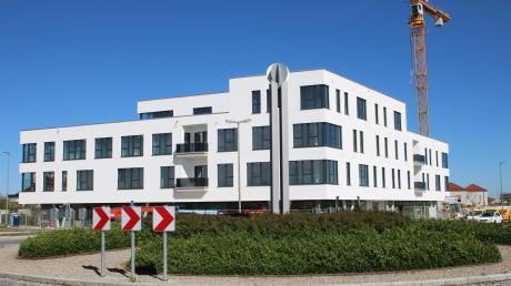 Die Eröffnung des neuen Ärztezentrums im April des laufenden Jahres war für Bürgermeister Simon Schropp ein wichtiger Schritt in der Entwicklung der Gemeinde Untermeitingen.