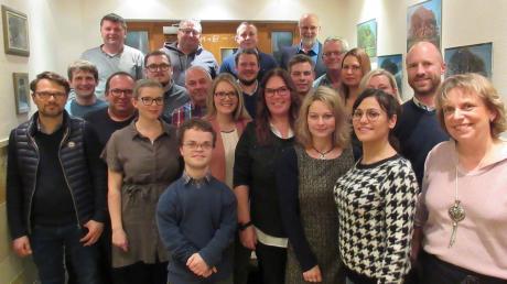 Mit dieser Mannschaft zieht die FBU in Bobingen in den Kommunalwahlkampf.