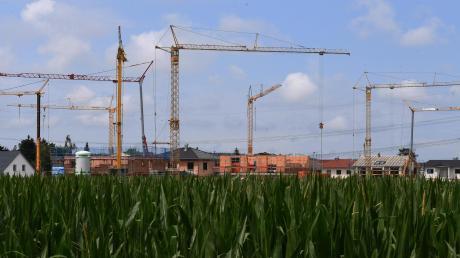 Die Nachfrage nach Wohnbauflächen im Landkreis ist enorm. Doch für Gemeinden wird es immer schwieriger, an freie Flächen zu kommen.