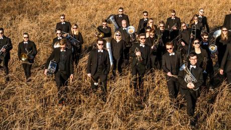 Die Brassband Woodhockers spielt am 14. Dezember in der Singoldhalle in Bobingen.