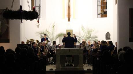 Der Musikverein Untermeitingen gab ein stimmungsvolles Adventskonzert in der Kirche St. Stephan.  Foto: Jürgen Schmidt