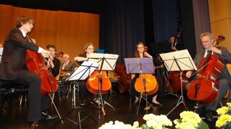 57 Jahre waren Lothar Drössler und sein Cello aus dem Kammerorchester Bobingen nicht wegzudenken.