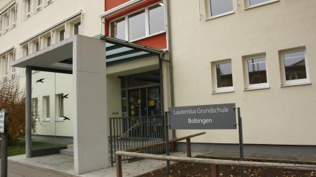 An der Laurentius-Grundschule in Bobingen könnte es im kommenden Schuljahr eng werden.