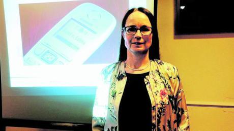 """Jacqueline Staudacher, Vorsitzende der FU Wertach, organisierte den Vortrag """"Prävention gegen Diebstahl""""."""