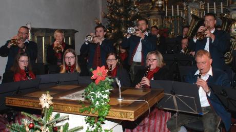 Mit einem hochkarätigen Konzert in der örtlichen Pfarrkirche ließ die Blaskapelle Scherstetten die Weihnachtsfeiertage ausklingen.