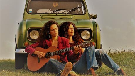 Die Vivid Curls Inka Kuchler und Irene Schindele spielen am 2. Februar in Graben.