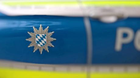 Die Polizei will einen Unfall in Wehringen klären.
