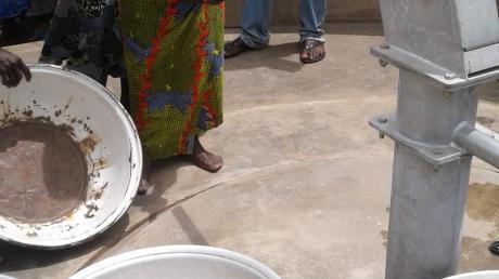 Im ersten Jahr konnten mit dem Geld aus Königsbrunn zwei Brunnen in Dörfern im Togo gebaut werden. Foto: Romain Botta