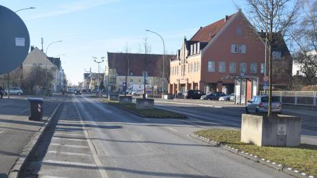 Die Sanierungsarbeiten an der Bürgermeister-Wohlfarth-Straße sollen noch in diesem Jahr beginnen und insgesamt 14 Millionen Euro kosten.