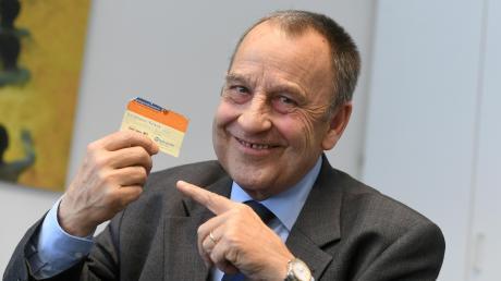 Roland Berckhemer aus Gersthofen lebt seit elf Jahren mit einer Spenderleber. Im Gegensatz zu vielen anderen Patienten hatte der Rechtsanwalt Glück: Nach einem halben Jahr auf der Warteliste war ein Spender gefunden. Inzwischen hat er selbst einen Organspendeausweis.