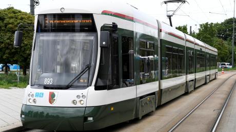 Die Straßenbahnlinie 3, die in spätestens zwei Jahren Königsbrunn mit dem Süden und der Mitte Augsburgs verbinden wird, macht die Brunnenstadt zu einem interessanten Standort für Wohnanlagen für Studenten.