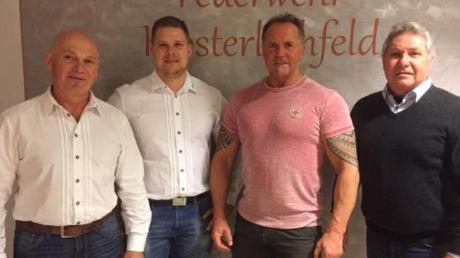 Jahreshauptversammlung des Steinhebervereins Lechfeld. Auf dem Bild (von links): Reinhold Jahn, Andreas Jahn (stellvertretender Vorsitzender), Wolfgang Hiller sowie Zweiter Bürgermeister Erwin Mayer.