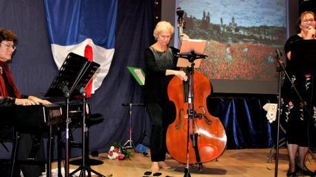 Sie verzauberten das Publikum mit französischen Chansons und Melodien: (von links) Ingrid Spies, Karola Piel und Beate Anton.