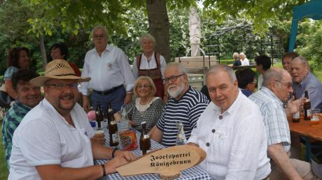 Der Königsbrunner Ortsverein der Josefspartei lädt in diesem Jahr zur Josefifeier, zum Freibier am Josefsbrunnen und zum volljährigen Geburtstag.