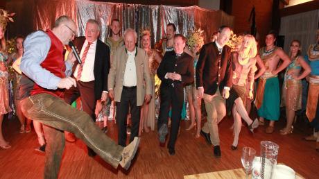 Ihren Salvator-Anstich, mit dem sie alljährlich die Starkbierzeit eröffnet, hatte die Königsbrunner CSU auf das Wochenende vor der Kommunalwahl gelegt. Da blieben im fast voll besetzten Saal des Trachtenheims Wahlkampftöne nicht aus.