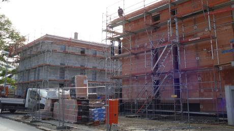 Der größte Einzelposten im Haushalt ist der Neubau von 36 Wohnungen an der Koloniestraße. Im Rahmen eines Förderprogramms entsteht hier Wohnraum zu bezahlbaren Mieten.