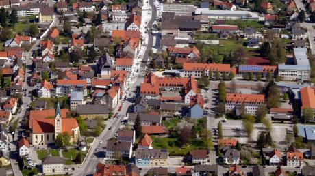 Welcher der beiden Kandidaten darf nach der Stichwahl ins Rathaus Bobingen einziehen?