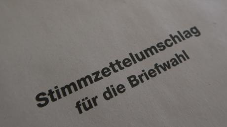 Der weiße Umschlag für den Stimmzettel fehlt vereinzelt bei den Unterlagen für die Briefwahl in Bobingen.
