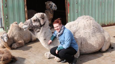 Anna-Lena Eichinger möchte die Kameloase mit ihrer Spendenaktion retten.