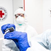 Zahlreiche Menschen aus dem Augsburger Land haben sich bereits mit dem Coronavirus infiziert. Erkrankt war auch der Schwabmünchner Arzt Dr. Sebastian Lochbrunner.