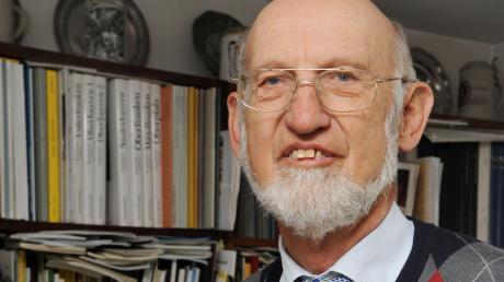 Wurde vor 50 Jahren Heimatpfleger in Schwaben: Der gebürtige Bobinger Hans Frei. Seitdem ist er unermüdlich in Sachen Heimat unterwegs.