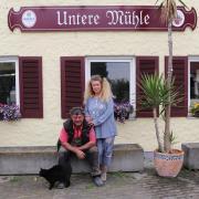 Sie haben wegen der Beschränkungen bislang geschlossen: Herbert und Heike Biechele vom Hotelrestaurant Untere Mühle in Schwabmühlhausen.