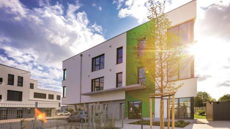 Im neuen Gebäude am Lechring in Untermeitingen sind eine Tagespflege und zwei ambulant betreute Wohngruppen untergebracht.