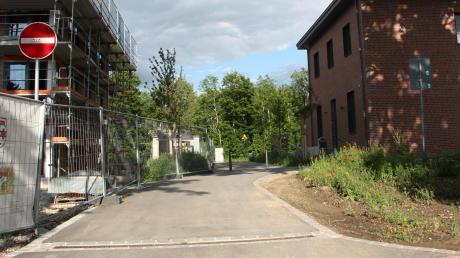 Der Weg zum Bahnhaltepunkt Klosterlechfeld ist nun öffentlich.