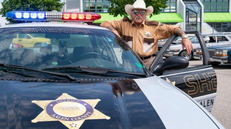 Erich Schobert aus Aalen war mit seinem Sheriff-Gefährt ebenfalls auf dem Lechfeld.