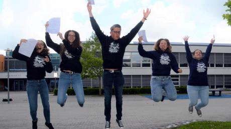 Grund zum Jubeln haben (von links) Rebecca Dieminger, Sarah Schmauser, Daniel Henke, Lina Moser und Ruth Lieb.