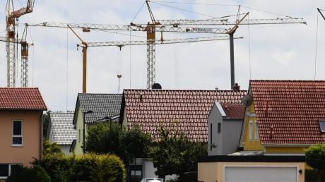 Über normale Bauanträge entscheidet in Langenneufnach nun der Bauausschuss.