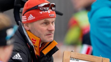Damen-Bundestrainer Gerald Hönig gönnt dem jungen Team noch Welpenschutz.
