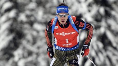 Simon Schempp wurde beim Biathlon-Weltcup der Herren in Canmore (Kanada) im Sprint Dritter.